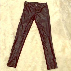 Juniors faux black leather leggings